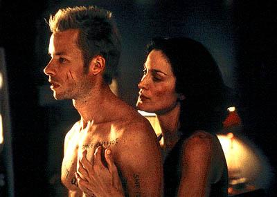 Memento (2000) de Christopher Nolan. USA