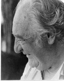La poesía es un arma cargada de futuro de Gabriel Celaya (1911-1991).