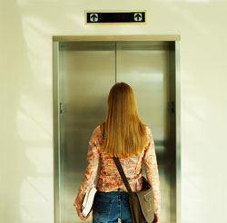 La chica del ascensor.
